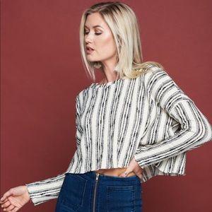 Vestique San Antonio Crop Sweater